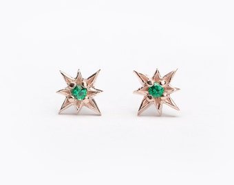 Tiny Starburst Stud Earrings, Sterling Silver Gold Plated, Lab Emerald, North Star Earrings, Minimal Lunaijewelry, Hand Made Gift, STD049LEM