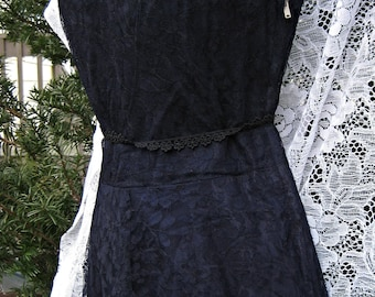 1950s prom dress, NAVY BLUE LACE 50s Janet Taylor dress, 50s formal dress, wedding party dress, 50s prom dress in dark blue lace
