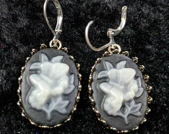 flower/butterfly earrings #227