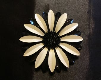 Beautiful Black And White Flower Brooch