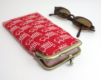 Kiss lock Glasses holder, cats on red, small pencil case / Gift for cats lover