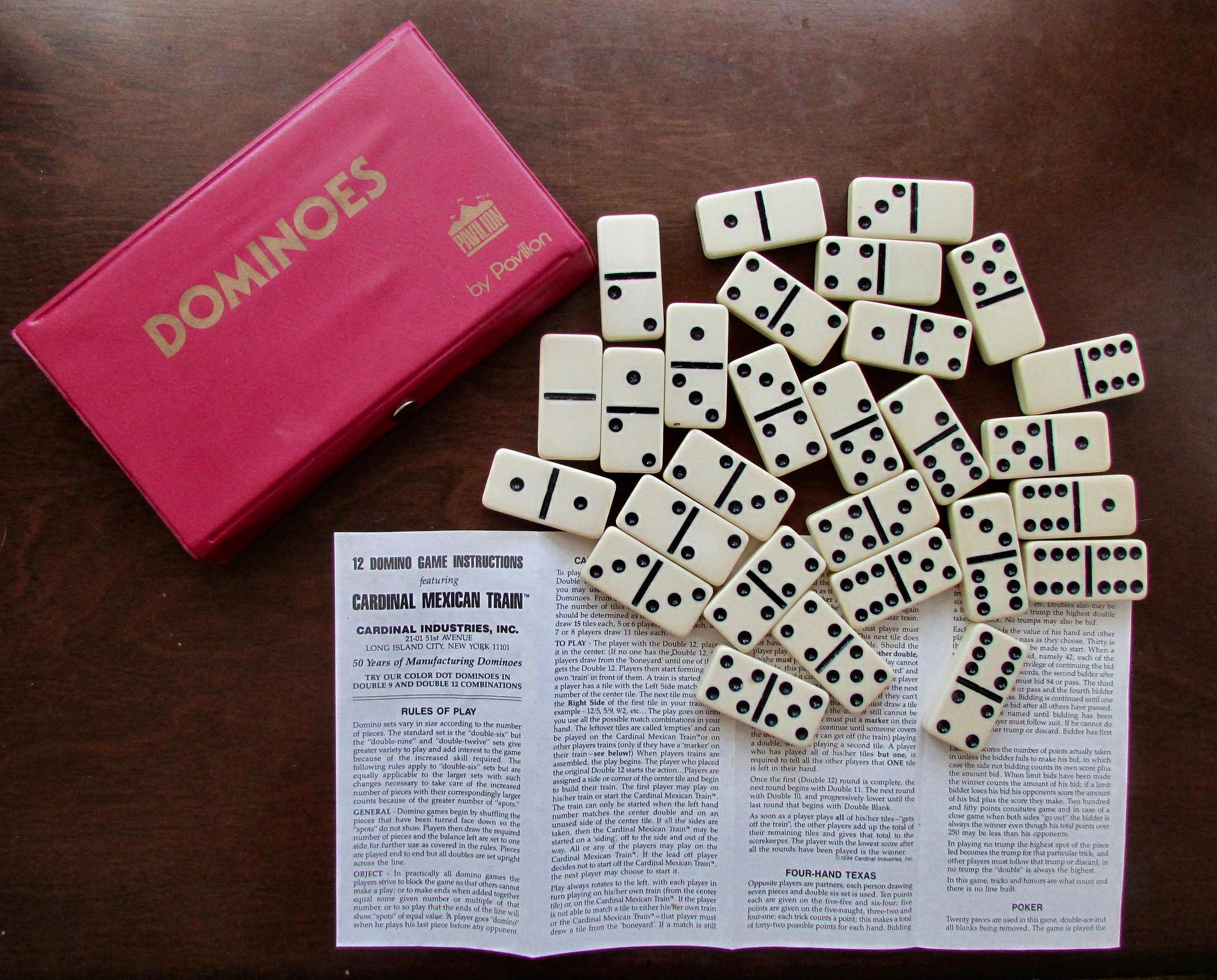 Dominoes Double Six 28 Tiles In Vinyl Box With Instructions