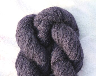 Deep Blue Wool Worsted Weight Recycled Yarn