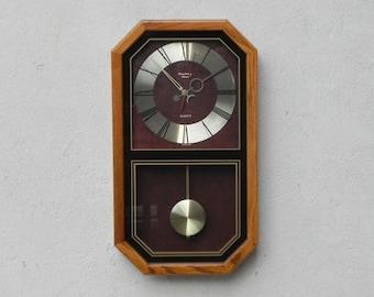 Elegant Strausbourg Quartz Oak Pendulum Wall Clock, 1980s
