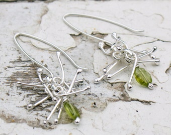 Peridot Anemone Earrings in Sterling Silver, Peridot Earrings, August Birthday, Leo Birthday, Anemone Earrings, Handmade, ***UK FREEPOST***