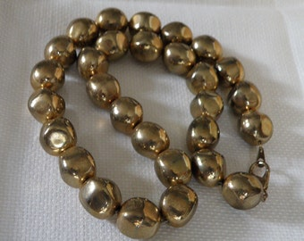 Vintage Gold Tone Faceted Necklace - 18 inch