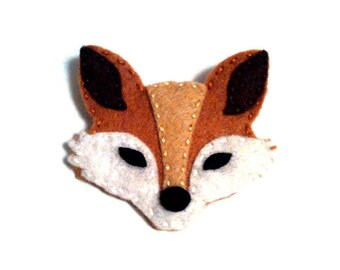 Felt fox brooch / pin