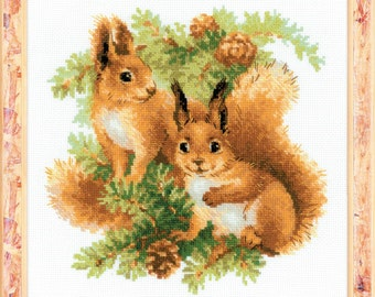 "Counted Cross Stitch Kit ""RIOLIS"" - ""Squirrels"""