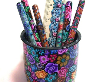 Millefiori pretty posy Pen Pot with 6 pens and a ruler PP54
