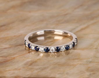 Natural Diamond & Sapphire Ring. 18K Solid White Gold. VS Colorless Diamonds. Great Gift for Christmas, Anniversaries, and Birthdays.