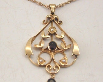 Art Nouveau Garnet And Peal Pendant 9 ct gold Contemporary 9 carat gold Necklace