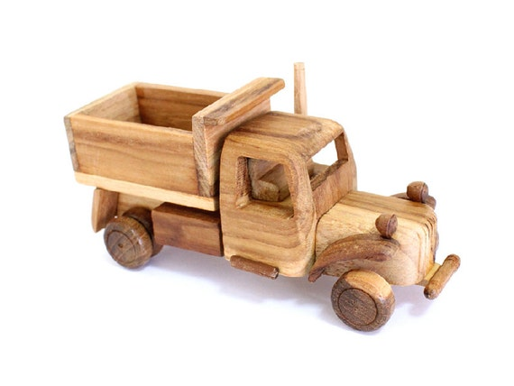 Toys Are Us Wooden Toys : Wooden toy truck in handmade