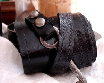 Black Leather Steampunk Cuff With Antique Skeleton Key - Master Key Cuff