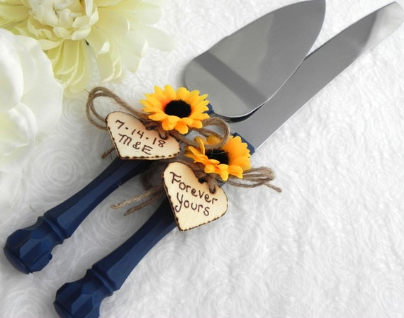 Rustic Chic Wedding Cake Server And Knife Set, Navy Blue with a Sunflower, Personalized Wood Hearts, Bridal Shower Gift, Wedding Gift