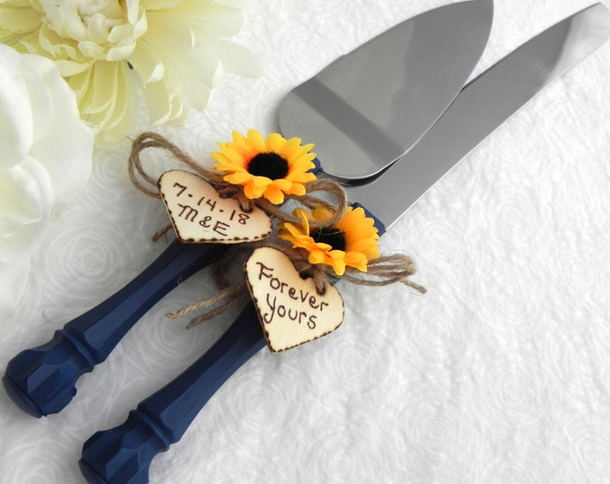 Shabby Chic Rustic Wedding Cake Server Set, Navy Blue with a Sunflower, Personalized Wood Hearts, Bridal Shower Gift, Wedding Gift