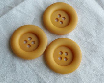 Yellow Vintage Plastic Coat Buttons 3.8 cm Sewing / Knitting / Set of 3 / Crochet / Needlecraft / Reversible / Art and Craft / Pretty