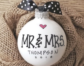 Wedding Gift, Mr. & Mrs Gift, Wedding, Bride Groom Gift, Couples Gift, Personalized Wedding Ornament, Personalized Engagement Ornament