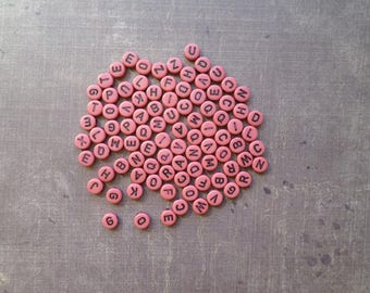 200 beads shape round Alphabet red rust