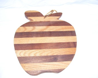 apple cutting board - made of walnut and oak