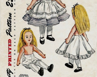 Vintage Sewing Pattern 1940's Alice in Wonderland Doll & Clothes 18 inches Tall Rag Doll