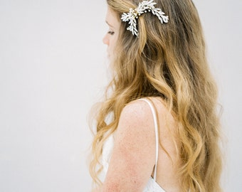 Bridal Hair Comb, Crystal Hair Comb, Crystal Headpiece, Wedding headpiece, Bridal Headpiece, Beaded Hair Comb, Gold Hair Comb - Style 601