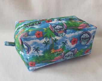 Stitch Box Zipper Pouch