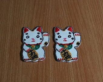 "Set 2 pcs Maneki Neko Lucky Cat Applique Embroidered Iron on Patch size 1"" x 1 5/8"""