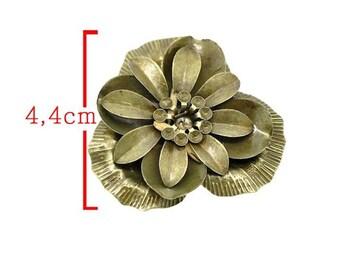 Flower embellishment pattern A bronze tone size 4.4 cm