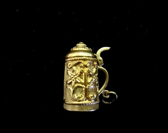 Vintage Collectable 14K Gold Beer Stein Moveable Charm