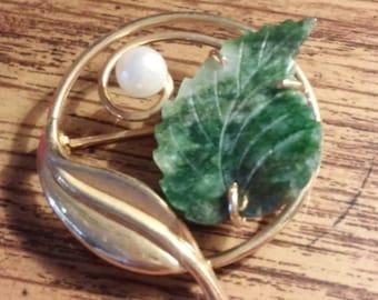 Vintage Van Dell Green Leaf Wreath Pin Brooch