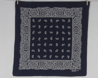Vintage Navy Blue White Paisley Bandana All Cotton Fast Color USA #299