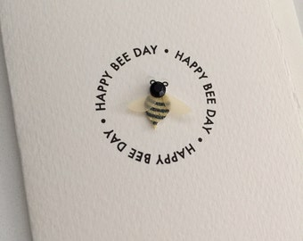 Happy birthday bee card // Card with a bee // birthday card // happy birthday card // bee birthday // happy bee day // bee day // small card