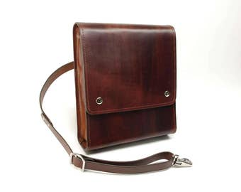 Medium Leather Messenger Bag v2.1 - Dark Brown - CLEARANCE -