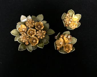 Cold Enamel Brooch And Earring Set