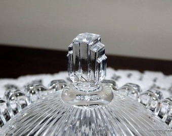 Art Deco Crystal 3 Tiered Candy Dish Bowl • Ribbed Sides • With 6 Murano Glass Candies • Lidded Compote • Nut Dish • Trinkets • Powder Box