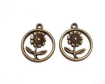 2 charms in antiqued bronze circle, diameter 15 mm Daisy flower