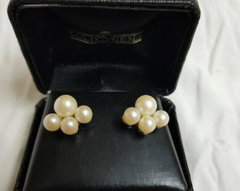 Vintage pearl cluster earrings