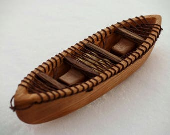 Wooden whitewater tandem canoe