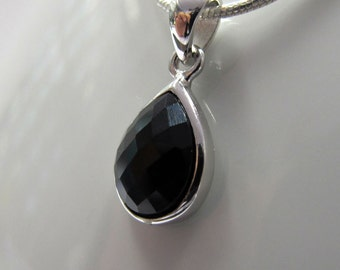 Sterling silver pendant pear shape with Necklace.