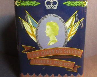 Vintage The Queen's Silver Jubilee 1952-1977 Litho Tea Tin