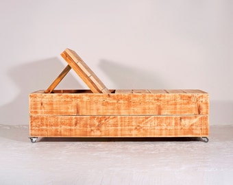 Deck chair made of recycled timber | Chardonnay