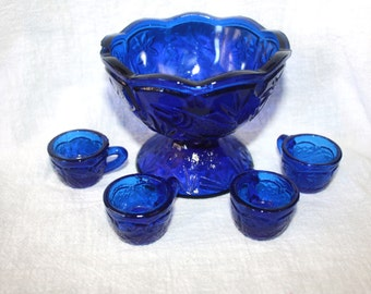 Vintage Vogelsong Summit Art Glass Small Child or Display Cobalt Blue Punch Bowl with Cups