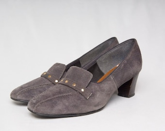 Authentic Vintage 70s Hush Puppies Steel Gray Suede Leather Studded Mules Heels (sz 7.5)