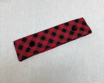 "DISCOUNTED Needle Nook DPN Holder, Needle Nest, WIP Cozy, Project Keeper, Knitting Supplies ""Black and Red Plaid"""