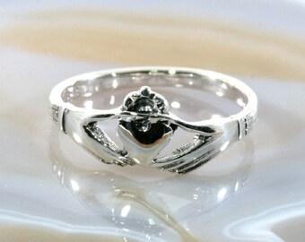Claddagh, Irish Heart, Ring, Silver  -  6126