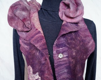 The vest is felted from Merino bilateral Dusk-to-Dawn