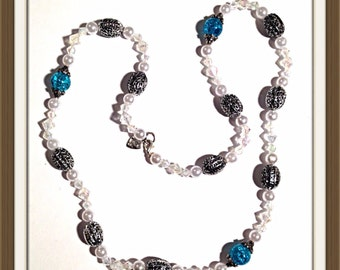 Handmade MWL blue, white and silver necklace. 0056