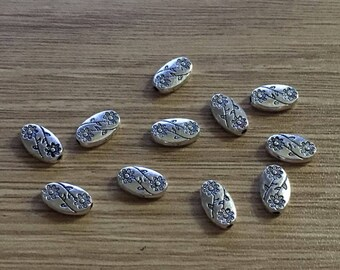 set of 20 etched beads 10 mm Tibetan silver
