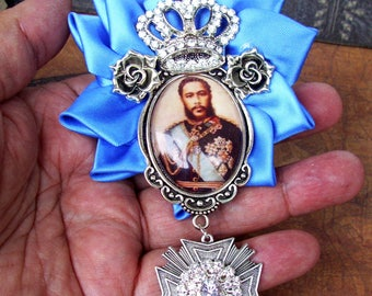 Hawaiian Monarchy Brooch (P802) King Kalakaua Tribute Pin Version,  Royal Blue Satin Ribbon, Crown and Medallion, Tie Tacks