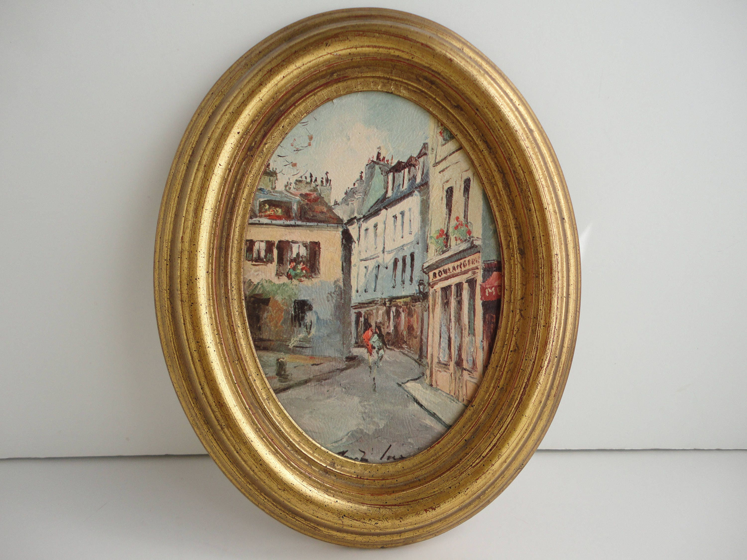 Vintage solid wood gold oval frame with street scene art print, wall ...
